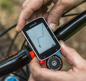 Comment choisir son GPS vélo