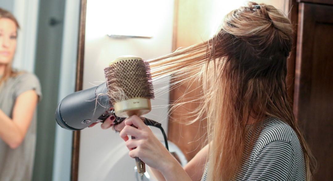 Comment utiliser un Sèche-cheveux professionnel 1